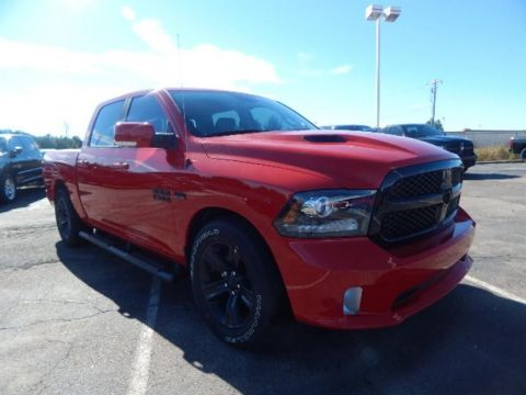 NEW 2017 RAM 1500 NIGHT CREW CAB 4X4 5'7 BOX